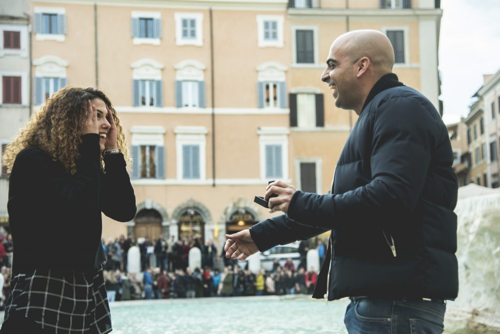 Surprise marriage proposal Trevi Fountain